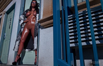 kim-kardashian-by-steven-klein-for-love-magazine-8