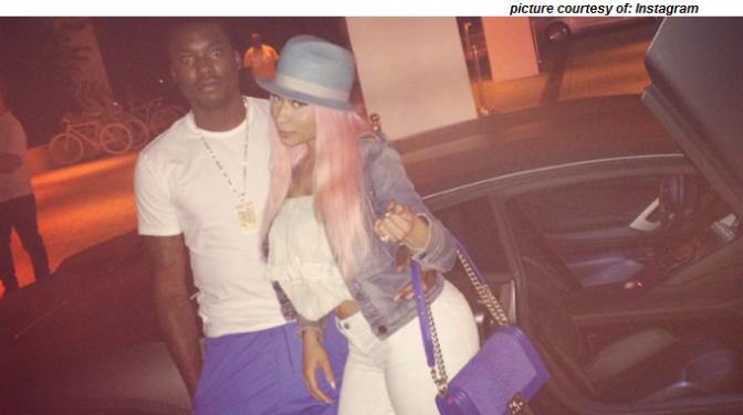Nicki Minaj Gets A 500k Engagement Ring From Meek Mill!!